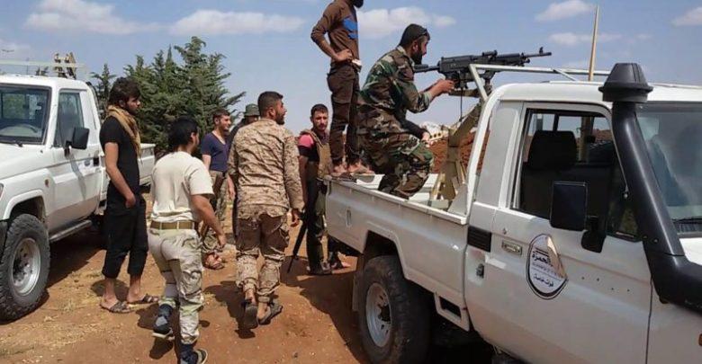 """قتلى باشتباكات بين مسلحين من العشائر العربية ومقاتلين بـ """"غصن الزيتون"""" في عفرين"""
