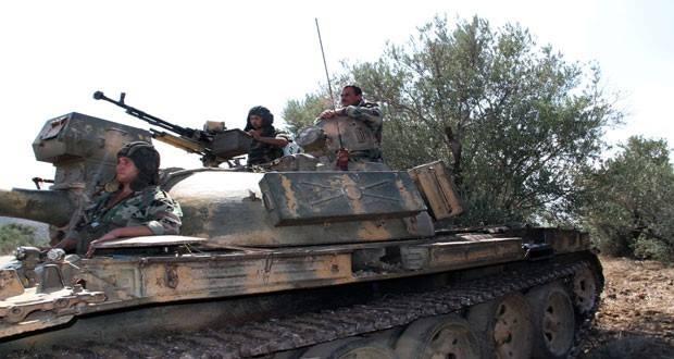 قوات النظام تعزز حواجزها في حمص حماة.. والدفاع الوطني يختطف شابين أثناء عودتهما إلى الرستن