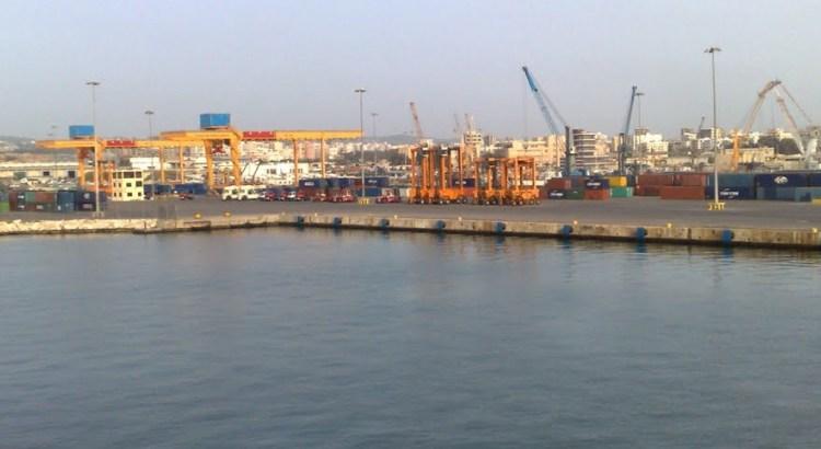 روسيا والنظام يعتزمان إنشاء خط بحري بين ميناء سيفاستوبول الروسي وميناء طرطوس