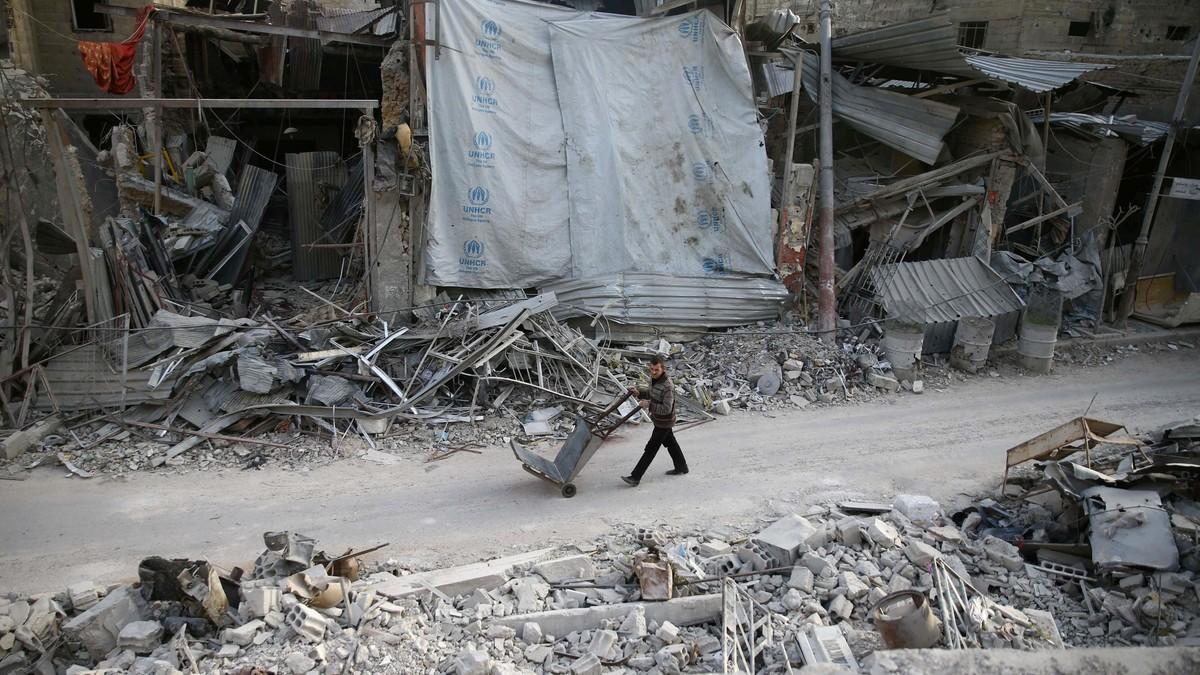 الغوطة الشرقية… أين هي من الناحية الخدمية بعد 8 أشهر من سيطرة النظام؟