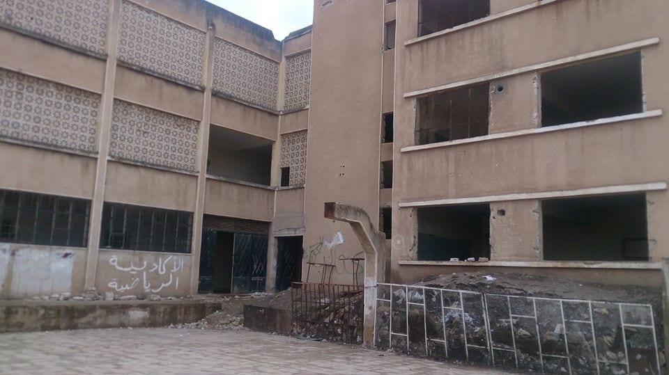 الشرطة أمرت بإزالتها فوراً: عبارات مناهضة للنظام على جدران مدرسة في حمص