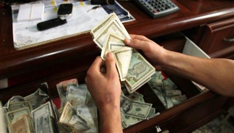حكومة النظام: حوالي 10 مليارات ليرة شهرياً توزع لأكثر من نصف مليون متقاعد في سوريا