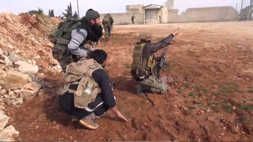 40 قتيلاً وجريحاً من المعارضة في هجوم لقوات النظام على منطقة منزوعة السلاح