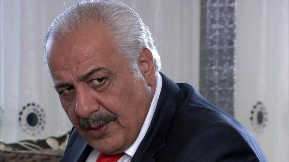 أيمن زيدان ينتقد حكومة النظام… ومعارضون يستغلون الفرصة للسخرية