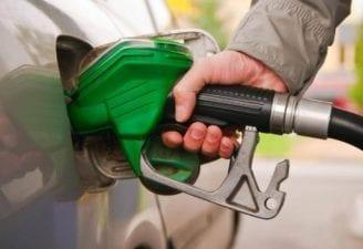حكومة النظام: لجنة خاصة لتسعير البنزين بشكل شهري