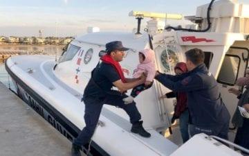 اعتقال مهاجرين بينهم سوريين وفلسطينيين غربي تركيا
