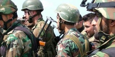 بدء توزيع المكافأة الشهرية لمسرحي جيش النظام