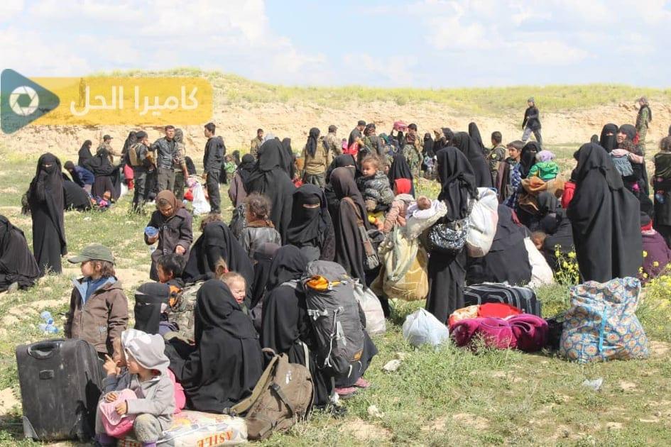 الخانصوري: «الدواعش» اقتادوا المختطفات الإيزيديات إلى حلب وإدلب لبيعهنّ