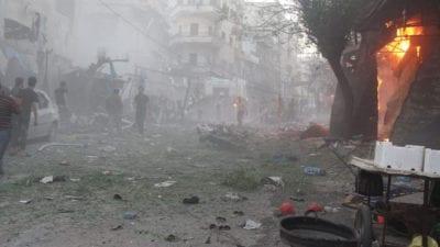 النظام يواصل حملته على إدلب ويقصف سوقاً شعبيّاً في جسر الشغور