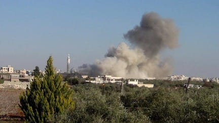 """اللاذقية.. مقتل أحد أقارب """"الأسد"""" والقرداحة في مرمى نيران المعارضة"""