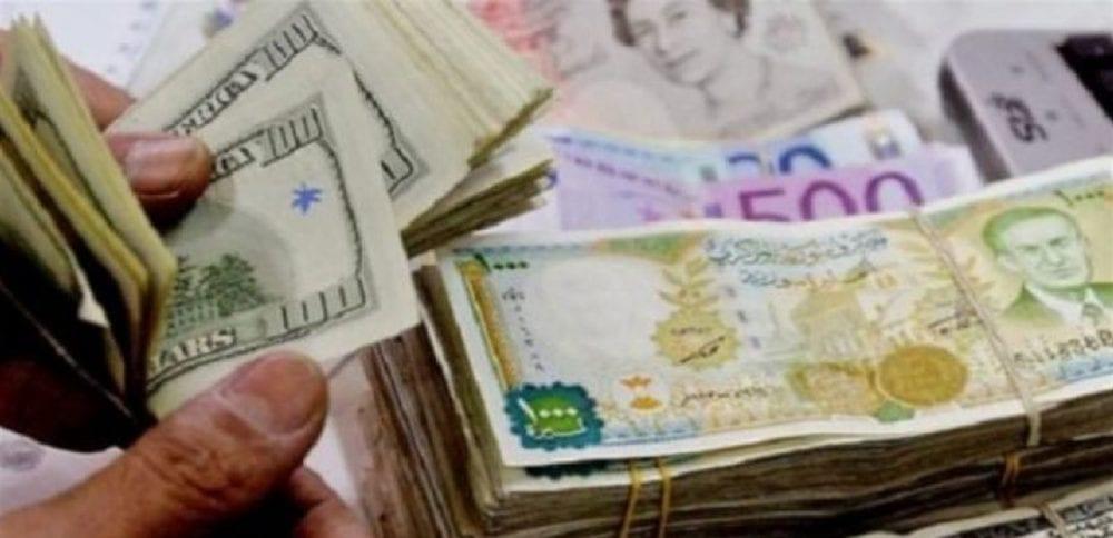 الحكومة تحدد موازنة 2020 بسعر دولار أقل بـ200 ليرة من السوق