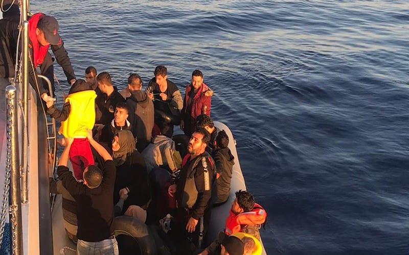 بعد فشلهم بالعبور إلى أوروبا عائلات سورية تقرر الاستقرار في تركيا