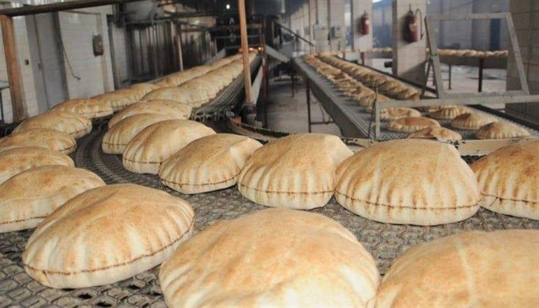 عداد الحكومة يحصي أرغفة الخبز على أفواه السوريين