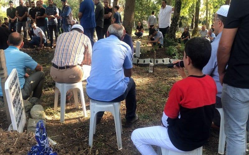 بعد تعرّضه للتنمّر من زملائه بالمدرسة…العثور على جثة طفل سوري في تركيا