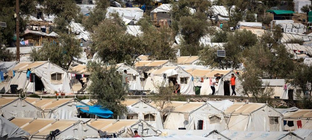 الأمم المتحدة تدعو أوروبا لإنقاذ طالبي اللجوء في اليونان بعد مقتل امرأة