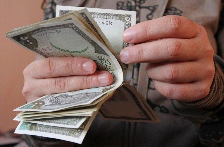ليغطي تكلفة معيشته… السوري بحاجة إلى مضاعفة الراتب 8 مرات