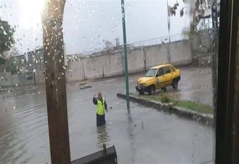 في اللاذقية.. مياه الأمطار تجد طريقها للمنازل ولاحلول للتصريف