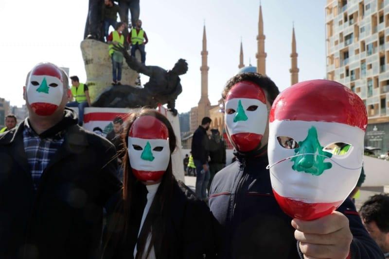 أزمة لبنان المالية.. سوريا واللاجئين