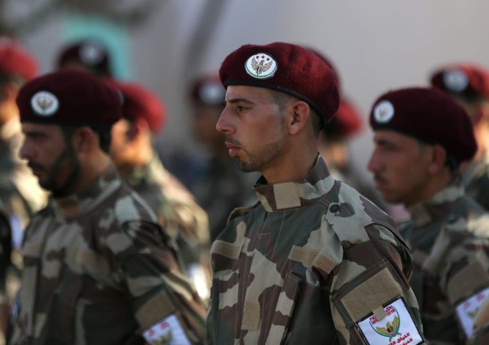 عناصر من «الجيش الوطني» في مدينة الباب شمال حلب
