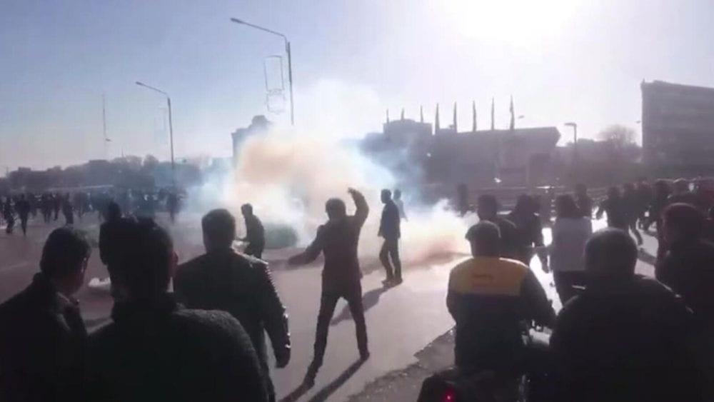 بومبيو: خامنئي قتل 1500 متظاهر ومنع الشعب حتى من البكاء عليهم