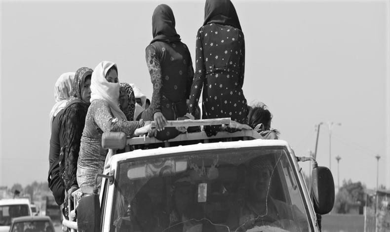صراع البقاء يهزم حقوق المرأة في سوريا