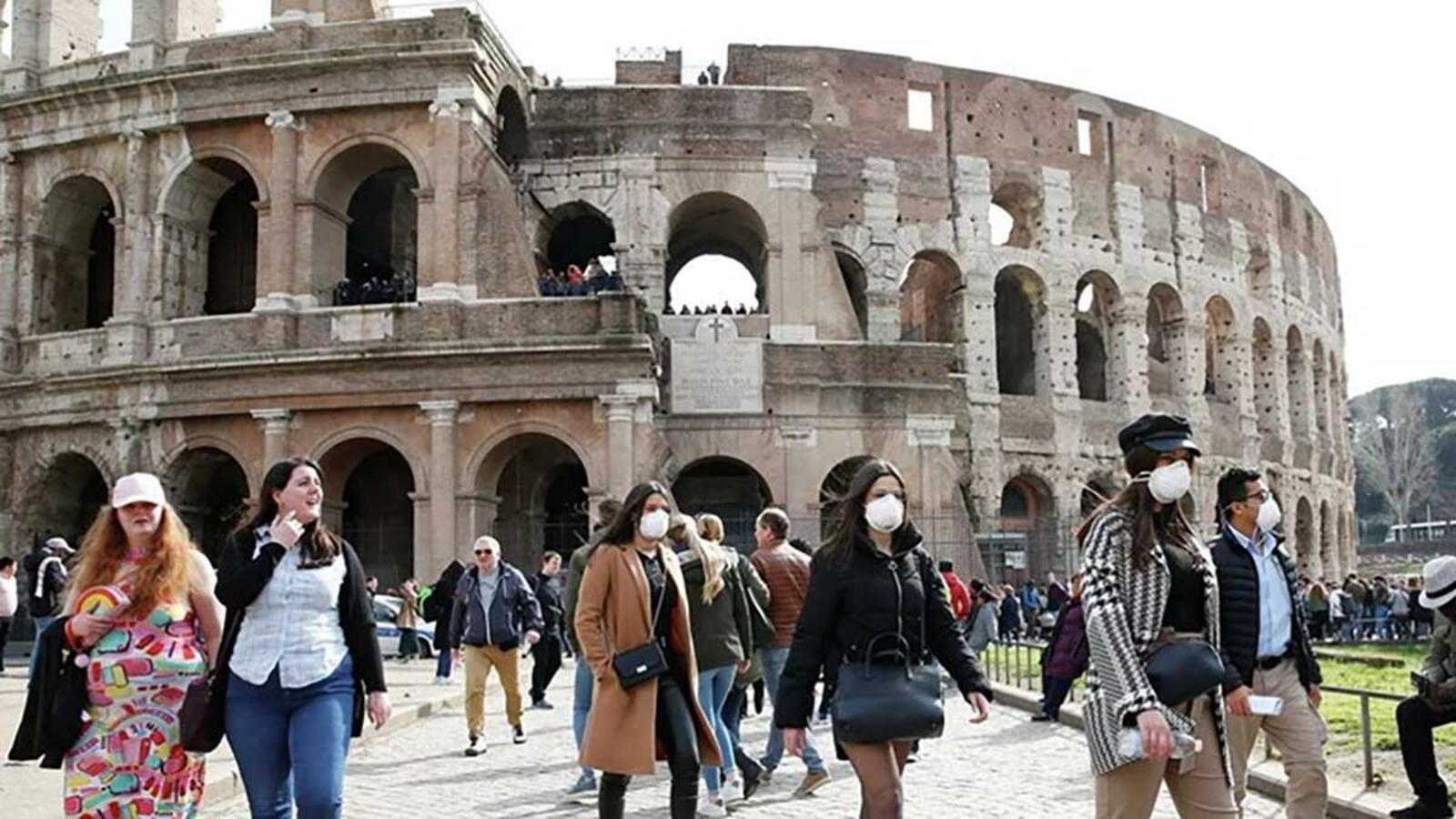 في إيطاليا.. «الماكارينا» في مواجهة كورونا