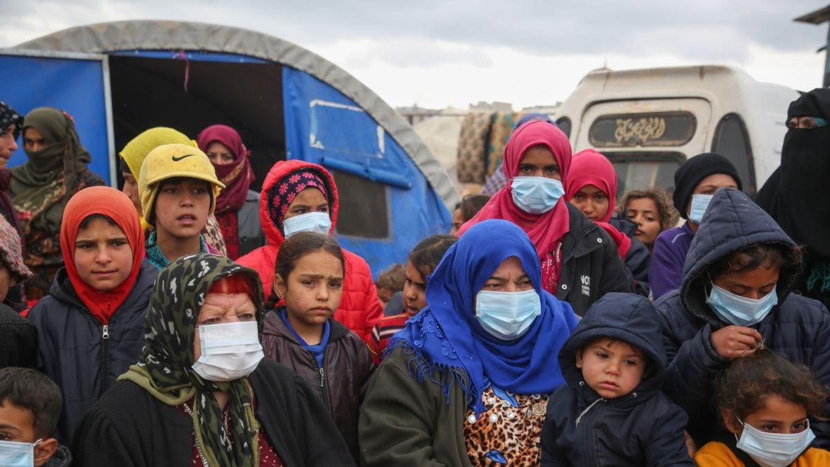 """المعتقلون والنازحون هم الخاسر الأكبر من """"كورونا"""" في سوريا"""