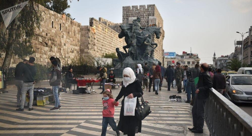 """بين الهلع واللامبالاة: كيف يواجه سكان دمشق  """"كورونا""""؟"""