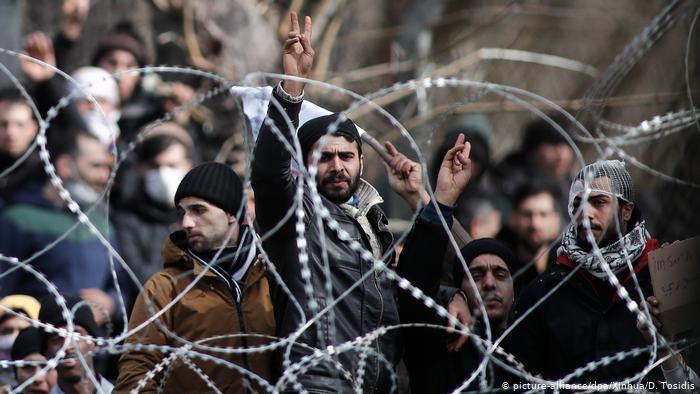 حلمهم الوصول إلى أوروبا بأقل التكاليف… هذه قصتهم