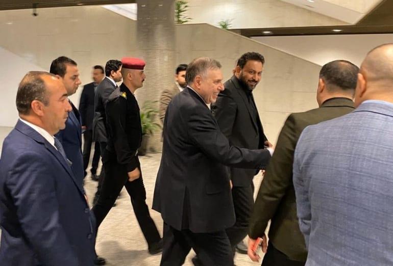 """إنهيارُ حكومة """"التواثي"""".. مأزقٌ عراقي جديد بعد اعتذار علاوي"""