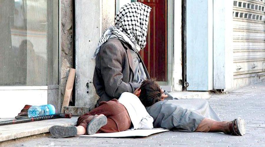 """دمشق: """"كورونا"""" يحدُّ من التجمّعات ويزيد أعداد المتسوّلين"""