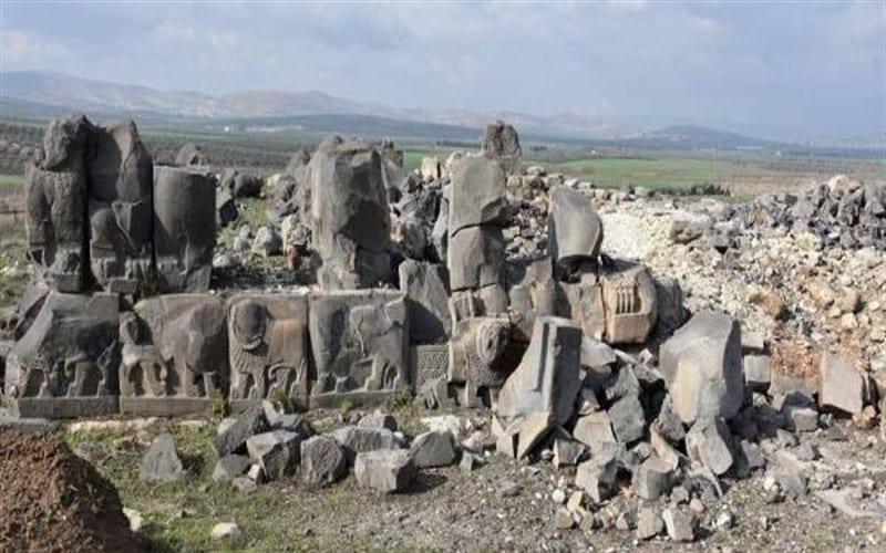 منظمة حقوقية: فصائل موالية لتركيا تواصل نهب آثار عفرين