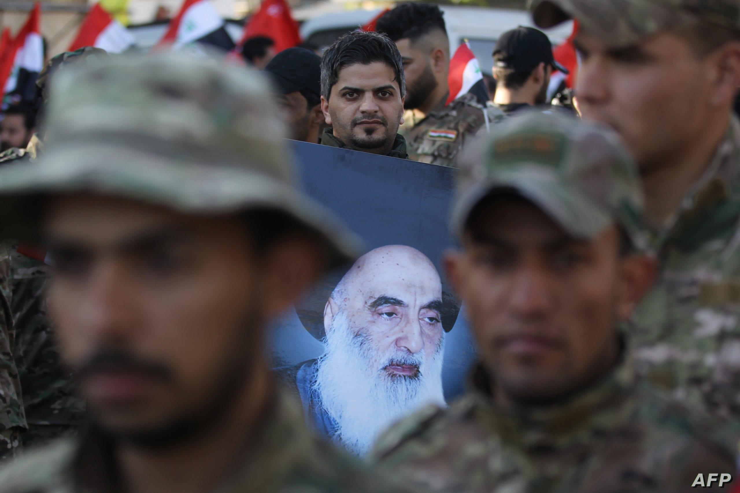 تقرير: السيستاني يدعم الكاظمي لتحجيم أدوار الحشد الشعبي