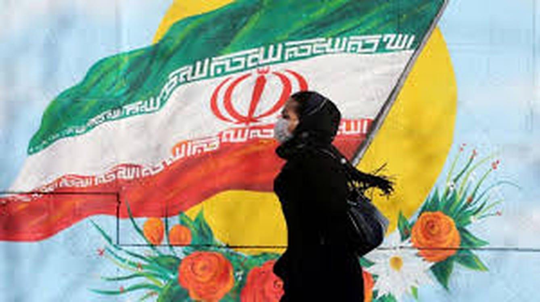 """الحظر يُكسَر في إيران: إن لم نمت بـ """"كورونا"""" فسنموت من الجوع"""