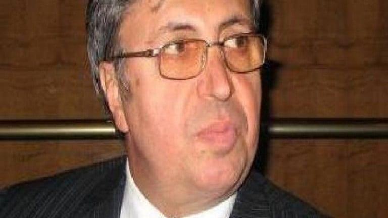"""عصام أنبوبا… أخطبوط اقتصادي شريك """"رامي مخلوف"""""""