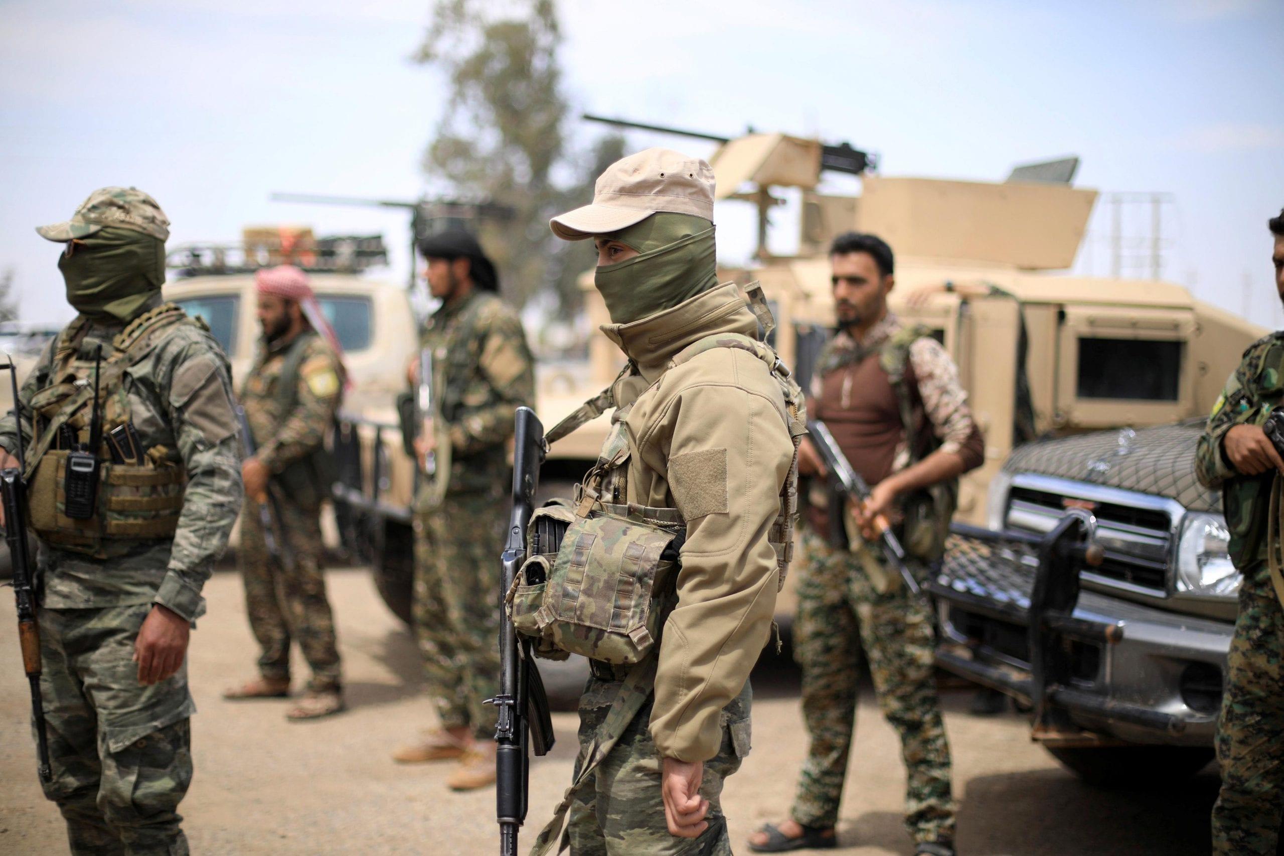 """""""قسد"""" تعتقل عنصراً من «داعش» يجمع """"الزكاة"""" في دير الزور"""