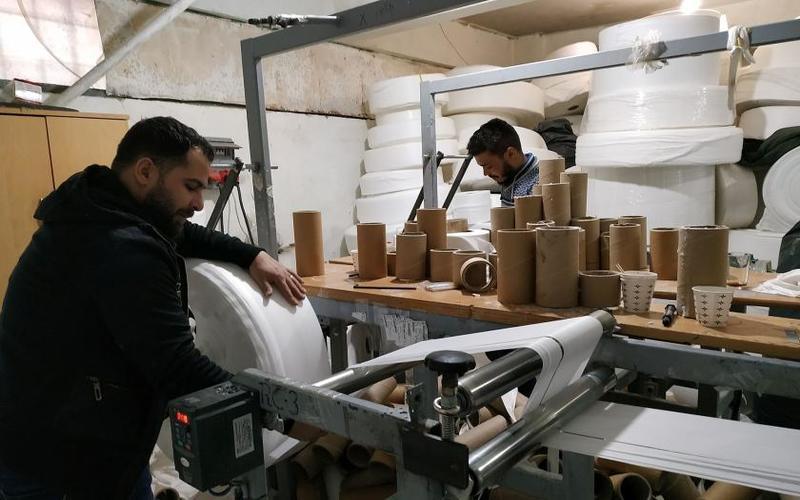 العمال السوريون في تركيا بلا حقوق أو مبادرات حكومية تساندهم