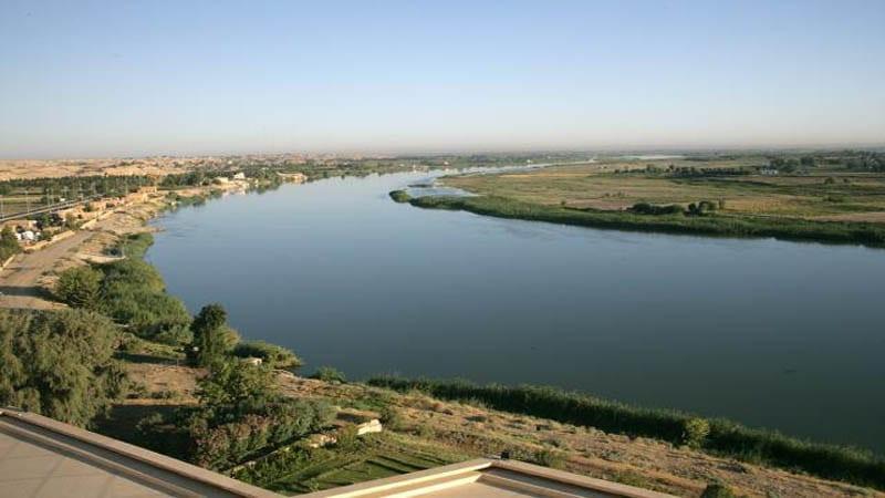 """""""الثوري"""" الإيراني ينشر كاميرات مراقبة على ضفاف نهر الفرات"""