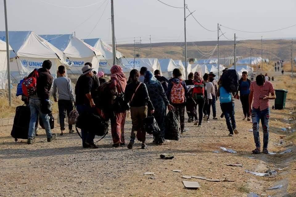 """تزايد أعداد اللاجئين السوريين العائدين من إقليم كردستان إلى مناطق """"الإدارة الذاتية"""""""