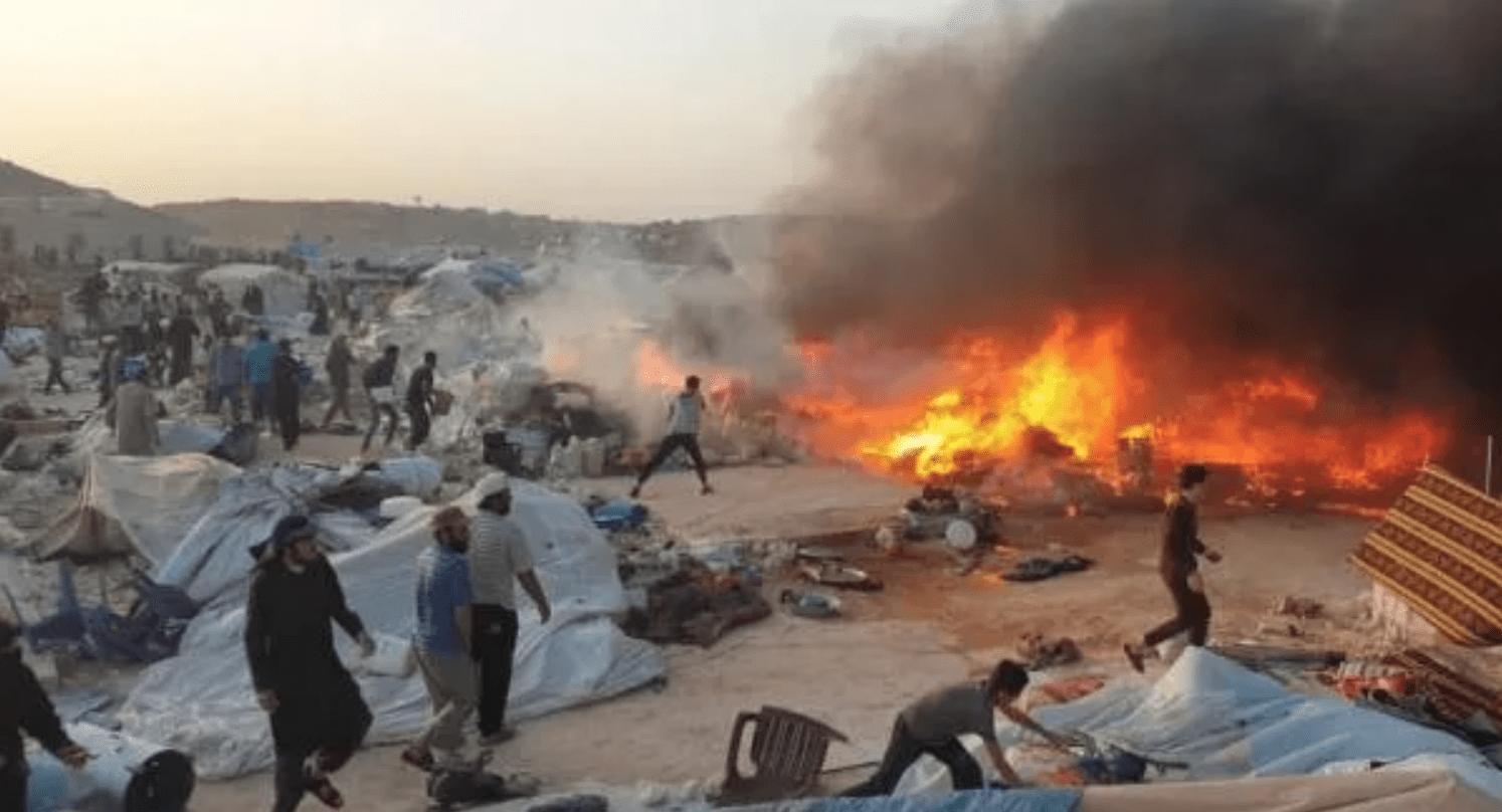 حرائق الصيف تضرب مخيّمات الشمال في إدلب