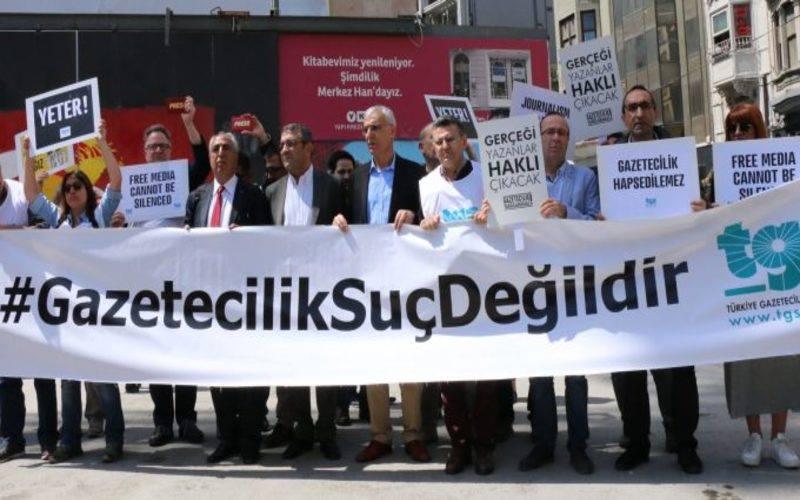بالأرقام.. صحفيون وناشطون في تركيا أمام المضايقات الأمنية والاعتقالات