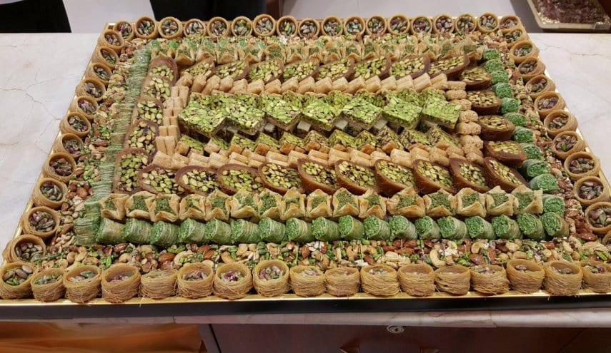 حلويات العيد باتت رفاهية لدى معظم السوريين