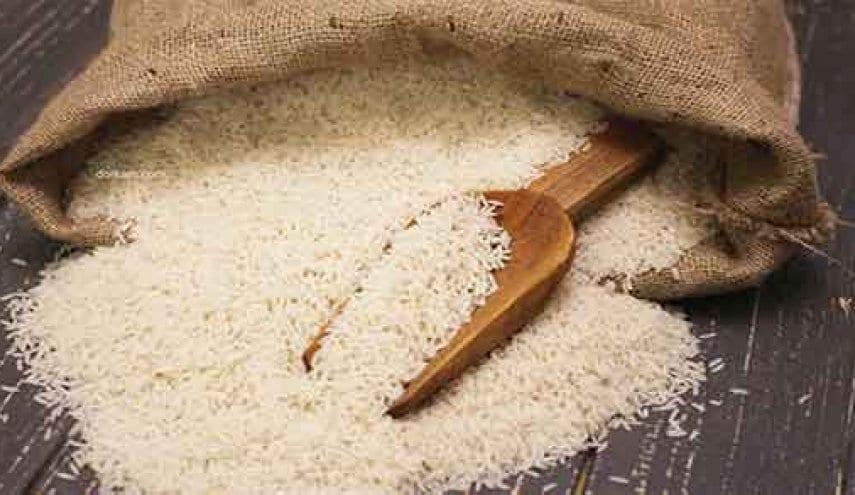"""بحجة تهرُّب المستوردين.. وقف بيع الرز """"المدعوم"""" للسوريين"""