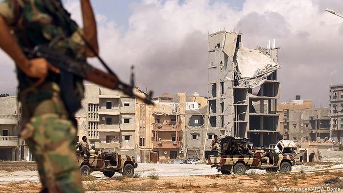 توطين المرتزقة السوريين: مشروع جديد يُعقّد الحرب الأهلية الليبية