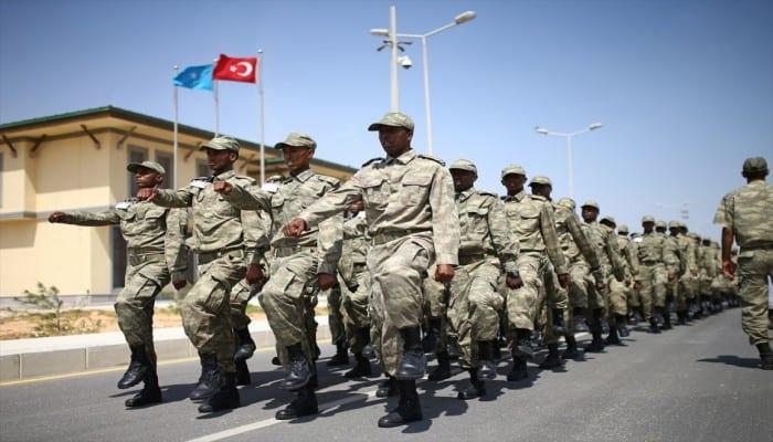 بعد تجنيد السوريين.. تركيا وقطر تجندان آلاف الصوماليين للقتال في ليبيا