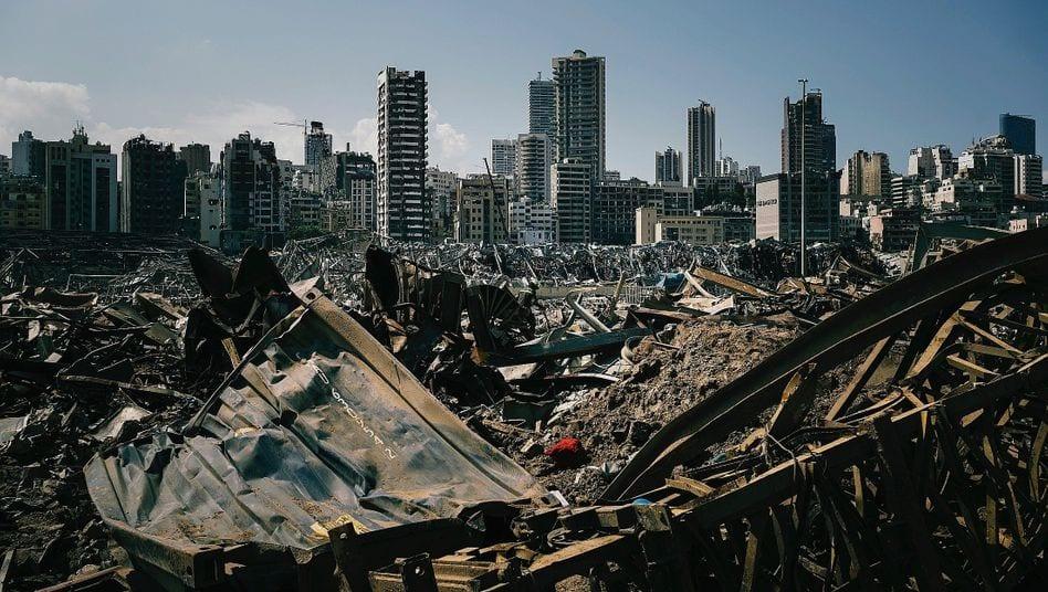تفجيرُ بيروت: حقائقٌ جديدة حول شحنة الموت.. وحزب الله في الواجهة