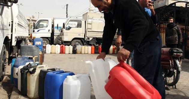 مع اقتراب الشتاء… السوريون وموعد جديد لمعاناة تأمين المازوت