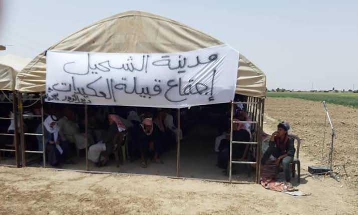 العشائرُ العربية في ديرالزور: تشتّت الولاء بين أطراف النّفوذ