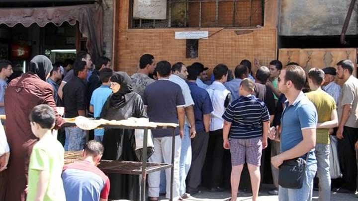 أزمة الرغيف متواصلة… وآلية جديدة لتوزيع الخبز على السوريين