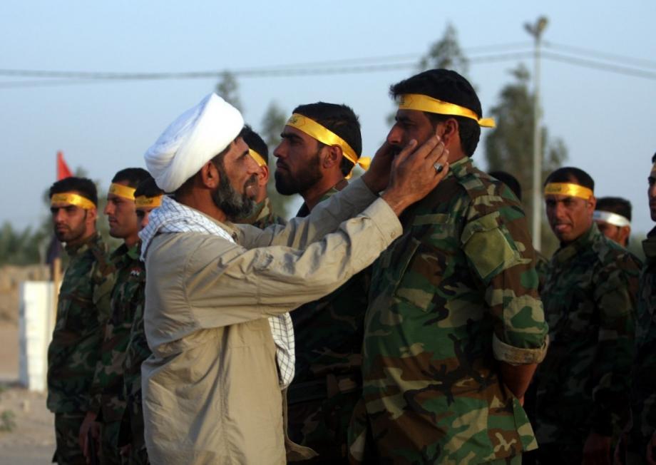 """«الثوري الإيراني» يفرض دورة دينية على عناصره المحلية في """"دير الزور"""".. والهدف؟"""